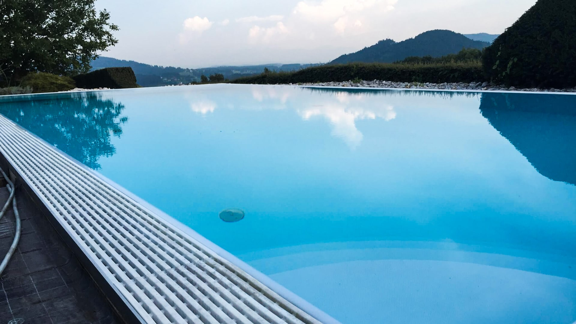 pool-elba-technik-infinity